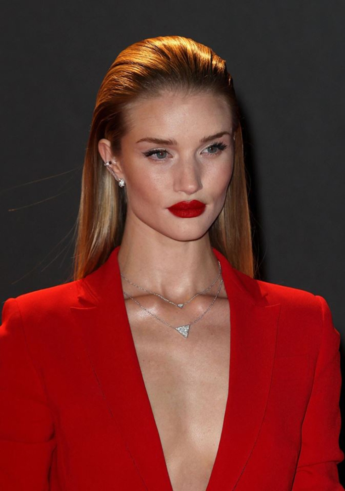 Rosie Huntington-Whiteley megababe model, red lipstick